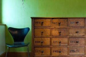 chair-1400315_1920